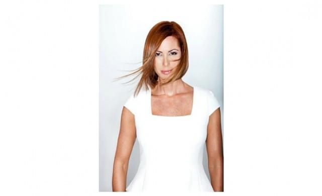 Desiree Lowry Modelaje & Refinamiento
